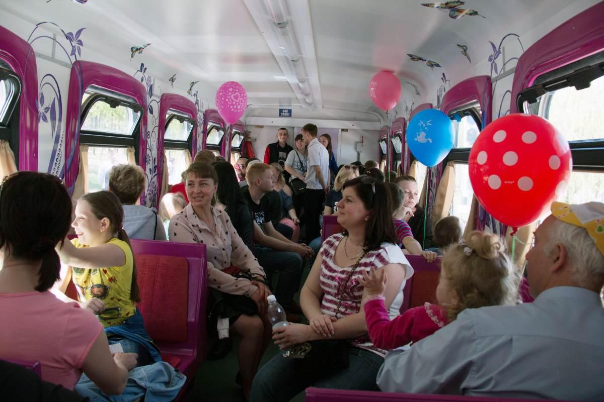 Детская железная дорога вагон Государственное предприятие Донецкая железная дорога Донецкая народная республика