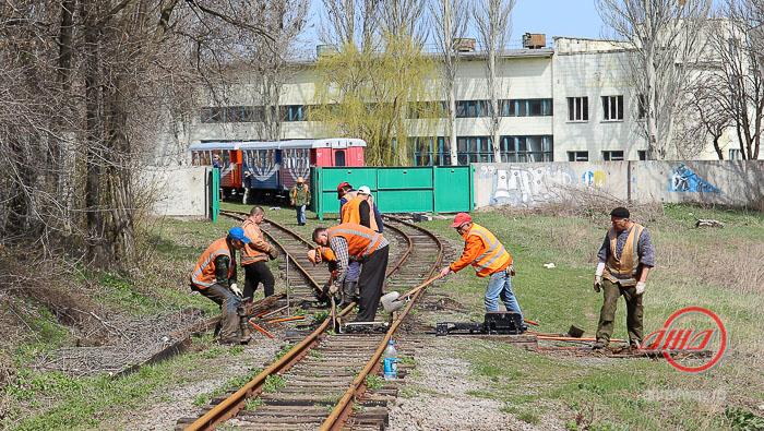 Подготовка путей к новому сезону Детская железная дорога ГП Донецкая железная дорога