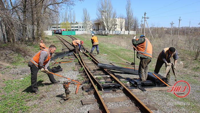 Подготовка путей к новому сезону на Детской железной дороге ГП Донецкая железная дорога
