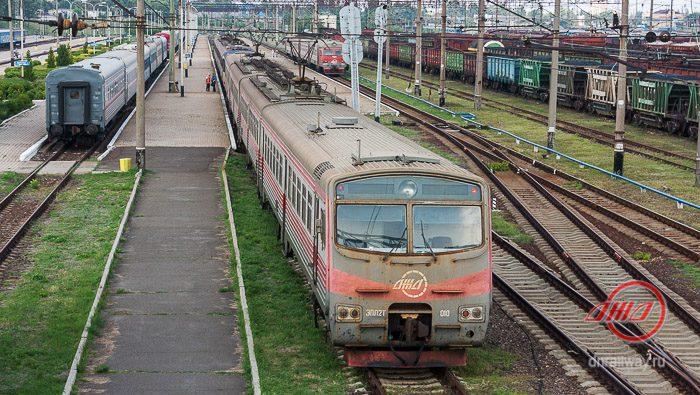 Ясиноватая станция поезд Пассажирская служба Государственное предприятие Донецкая железная дорога Донецкая народная республика