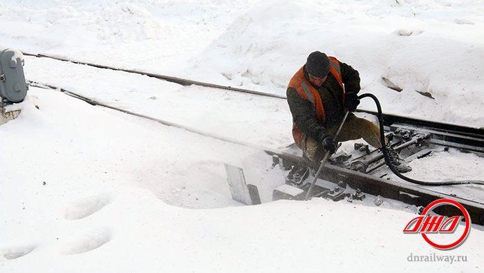 Очистка железнодорожный путь снег Государственное предприятие Донецкая железная дорога Донецкая народная республика