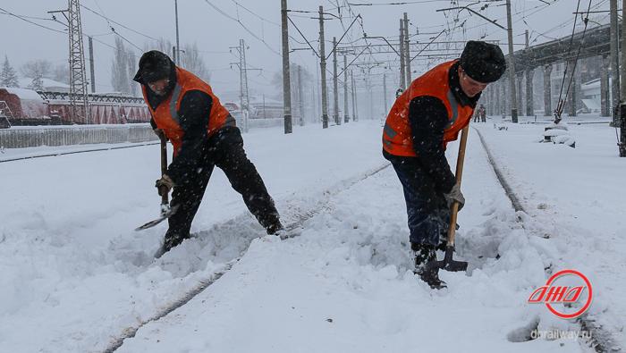 Снегоборьба снег очистка пути Государственное предприятие Донецкая железная дорога Донецкая Народная республика