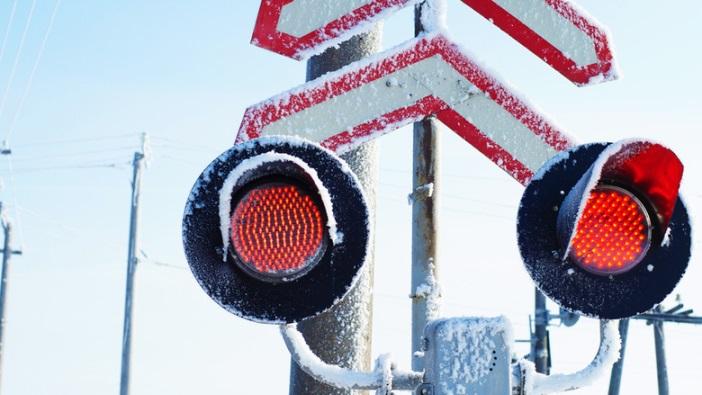Переезд светофор железная дорога зима снег Государственное предприятие Донецкая железная дорога Донецкая Народная республика